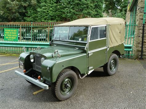 land rover one etk 952 1952 series i 80 quot land rover centre land