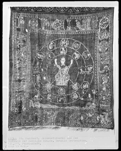 12th Century Renaissance Essay by 1000 Images About 12th Century Textile On 12th Century Textiles And Silk