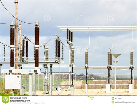 discuss the working of thermal power plant also draw its layout discuss solar power plant working animation tree energy