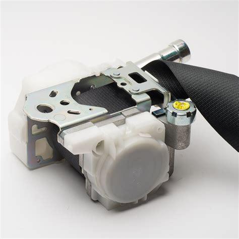 toyota seat belt repair fix seat belt retractor brokeasshome