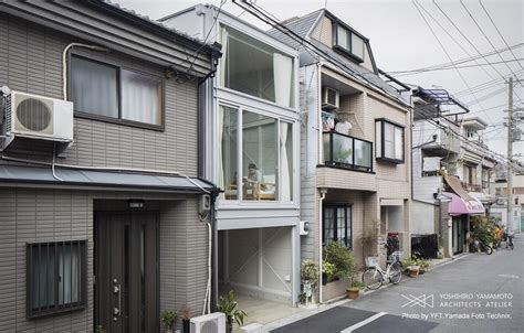 narrow house in osaka japanese architecture