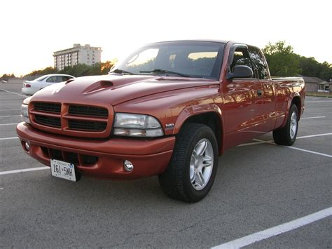 service manual diagram of how a 2000 dodge dakota club transmission is removed service