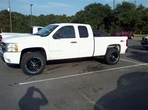 chevrolet tires 265 70 r17 tire choice chevrolet forum chevy