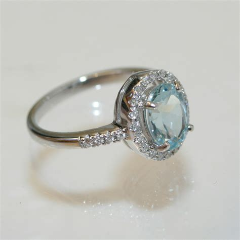 Aquamarine Rings by Buy 18ct Aquamarine And Ring Sold Items Sold