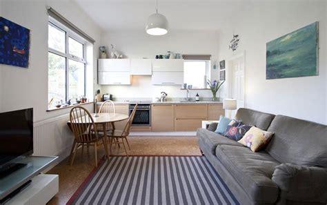 75 desain interior ruang keluarga menyatu dengan dapur terbaru 75 desain interior ruang keluarga menyatu dengan dapur terbaru