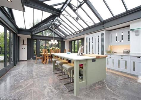 From Traditional To Modern Take Modern Traditional Kitchens Home Design K C R