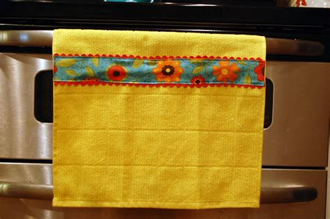 Decorative Dish Towels by Kitchen Sewing Project Decorative Dish Towel Tutorial
