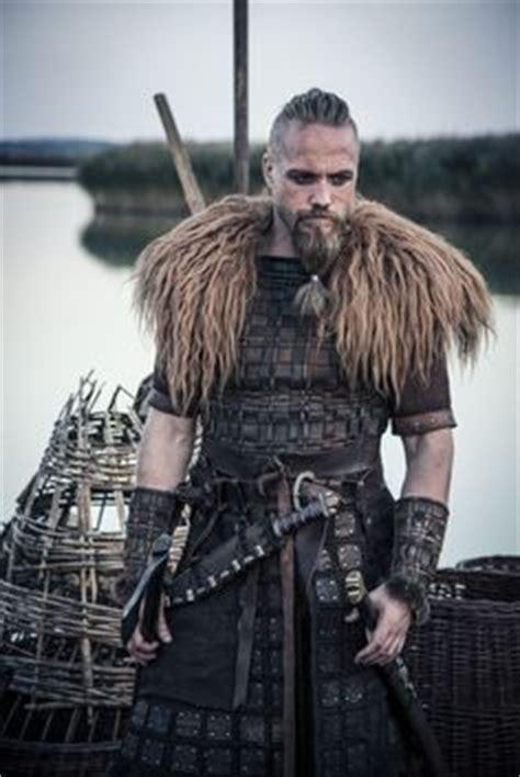 viking hairstyles for men from tv diy viking costume men google search viking dad