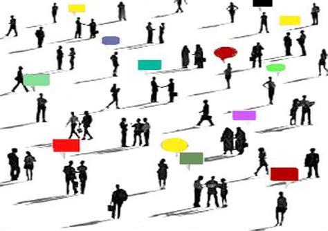 membuat opini publik membangun opini publik untuk peningkatan pencitraan oleh