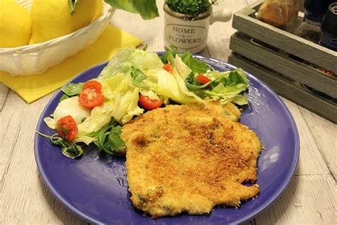 come cucinare le cotolette al forno cotolette di pollo al formaggio cotte al forno piovono