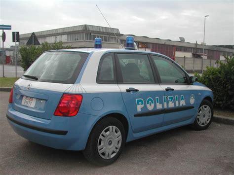 ufficio immigrazione pisa la polizia arresta sulla a1 dei trafficanti di uomini
