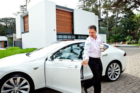 Owner Of Toyota Tesla Keeps Poaching Prius Buyers And It S Not Slowing