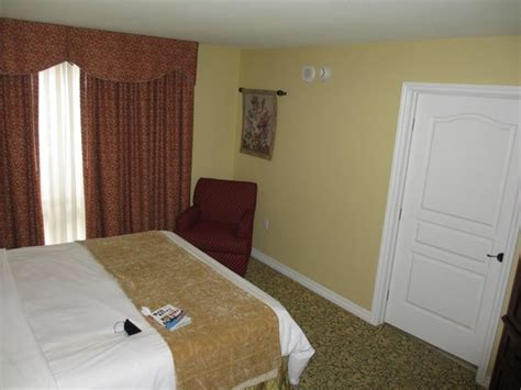 bedroom villa picture  marriotts grand chateau las