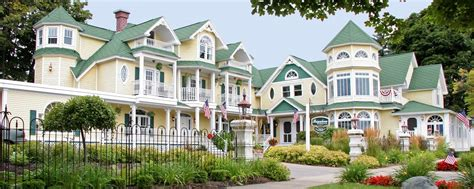 Brigadoon Bed And Breakfast Mackinaw City B B Lodging Accommodations