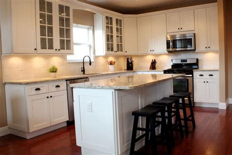 white shaker kitchen cabinets home depot home design ideas home depot white kitchen cabinets in stock home design ideas