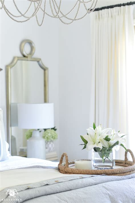 How To Decorate A Blue And White Bedroom by One Room Challenge Classic Blue And White Guest Bedroom