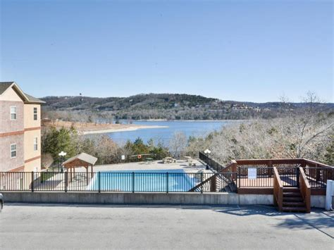 table rock houseboat rentals live love lake lodge table rock lake boat slip included