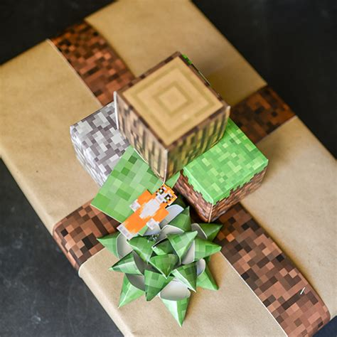 free printable minecraft wrapping paper minecraft gift wrapping fun family crafts
