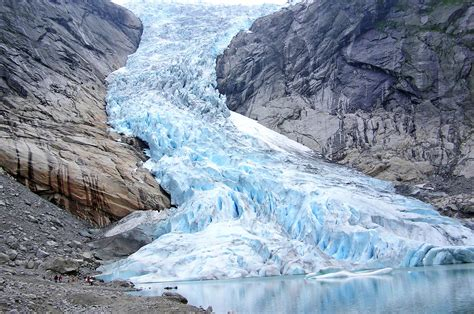 stunning photos of glaciers that will take your breath