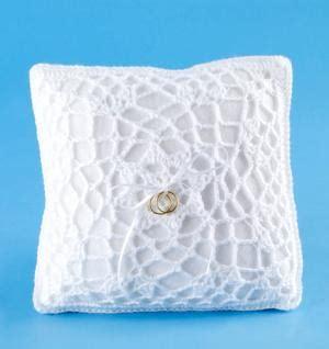 diy wedding ring bearer pillow diy free crochet pattern