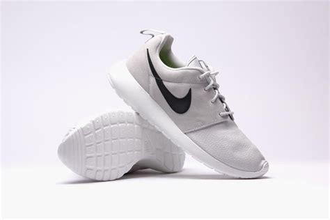 Nike Roshe Two Tone White Premium Original nike roshe grey cheap rent eu