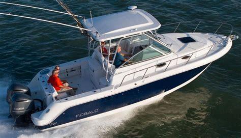 robalo boats walkaround 2018 robalo r305 walkaround power boat for sale www