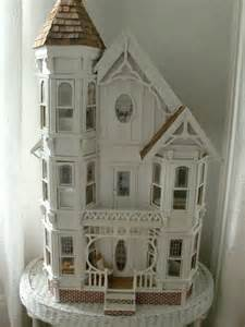 doll house crafts 25 best ideas about victorian dollhouse on pinterest doll houses doll house crafts