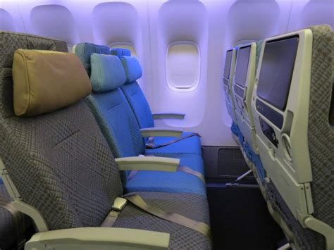 dont regulate airline seat sizes