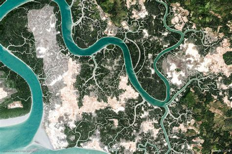 Earth View: A Curated Collection of 1500 Google Earth