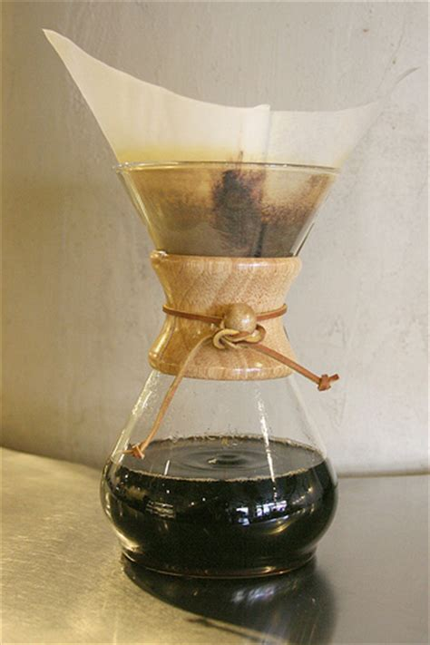 5 Reasons to brew Coffee in a Chemex   Cafe Moto