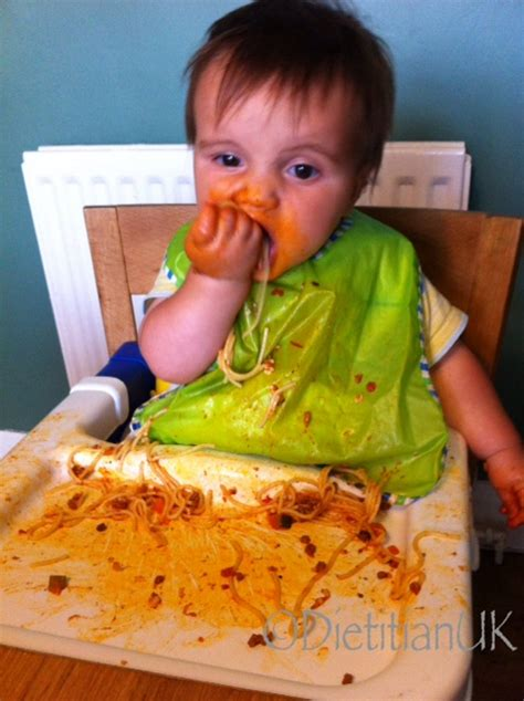 how to wean baby off swing dietitian uk 5 reasons why i prefer baby led weaning