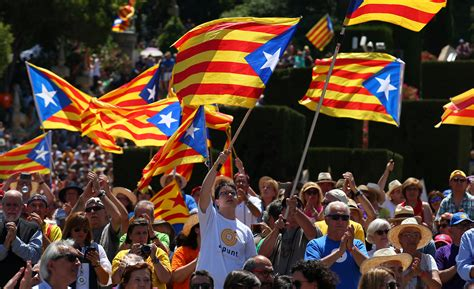 barcelona independence thousands gather in barcelona to rally for catalan