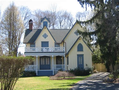 gothic revival cottages ferrebeekeeper 1000 images about carpenter gothic cottages on pinterest