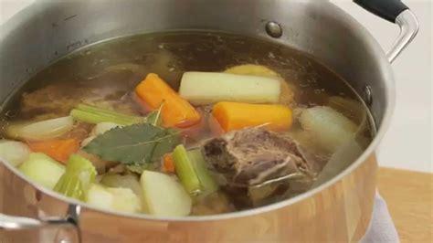 cuisiner un pot au feu pot au feu recette pas 224 pas en vid 233 o