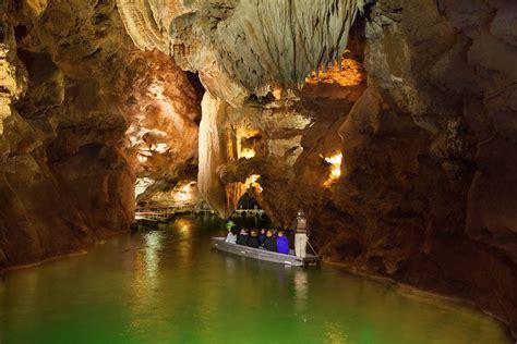 Visiter Le Gouffre De Padirac Les Grottes De Lacave