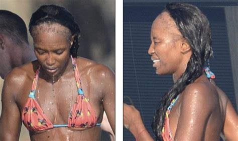 story of naomi campbell s hair loss traction alopecia in