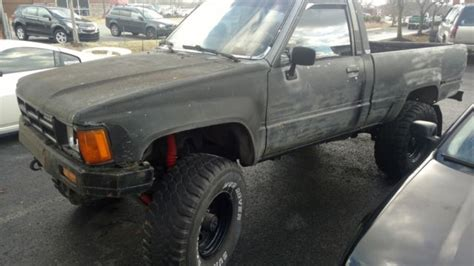 1985 Toyota Front Axle 1985 Toyota Hilux 22r 4x4 Front Axle