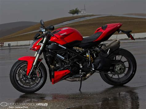 best streetfighter motorcycle 2011 ducati streetfighter fighter shootout photos