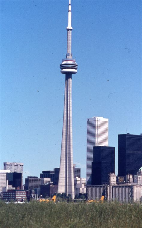 pictures of tower file cn tower 1976 jpg