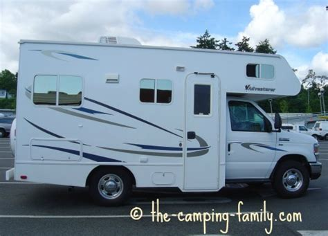 RV Campers: Travel Trailers, Pop Up Tent Trailers, Truck Campers and Motorhomes