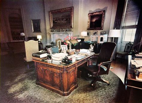 yellow oval office a glimps of obama s stylish yellow oval room by michael