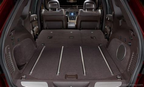Jeep Grand Trunk Space Jeep Grand Rear Space Car Pictures Images