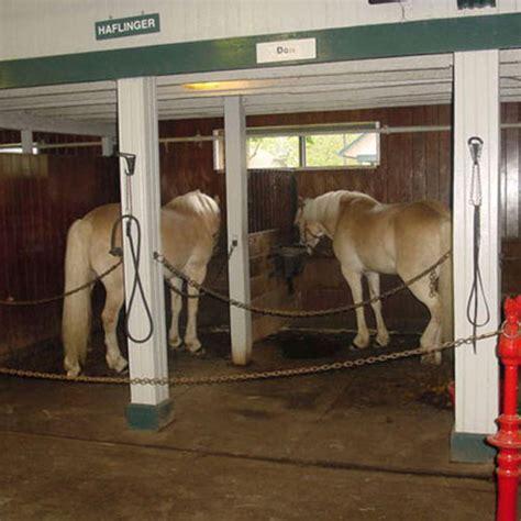 Horse Stall Mats 14x14 Ft Kit   Horse Stall Flooring Tiles