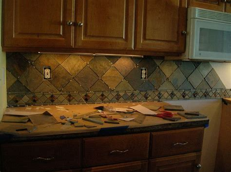 slate kitchen backsplash the 25 best slate backsplash ideas on pinterest stone
