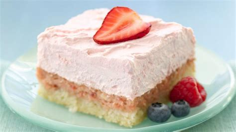 easy strawberry cream dessert squares recipe from