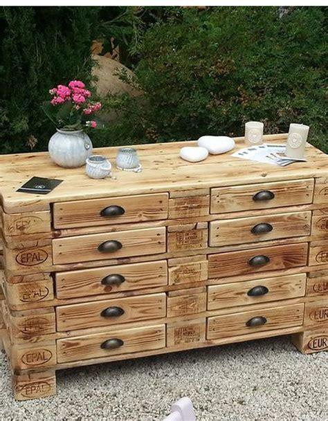 Avec Des Palettes En Bois la palette en bois dans tous ses 233 tats d 233 coration