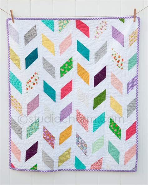quilt pattern herringbone the herringbone baby quilt 171 studiocharm