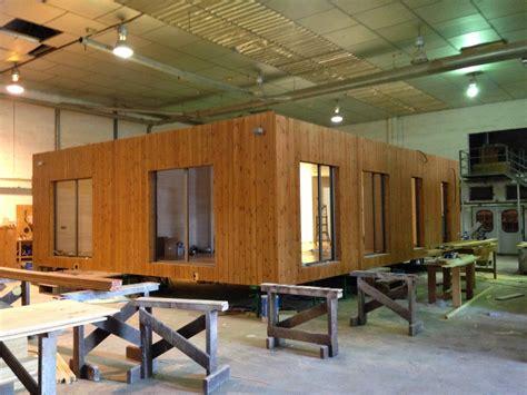 Maison En Bois Modulable maison modulaire en bois 124 d 250 plex maison en bois