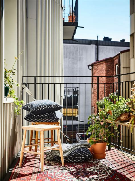 small outdoor rooms how to maximise small outdoor spaces mocha casa