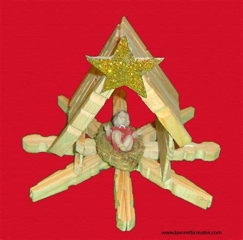 culle artigianali presepe con mollette di legno clothespin noel